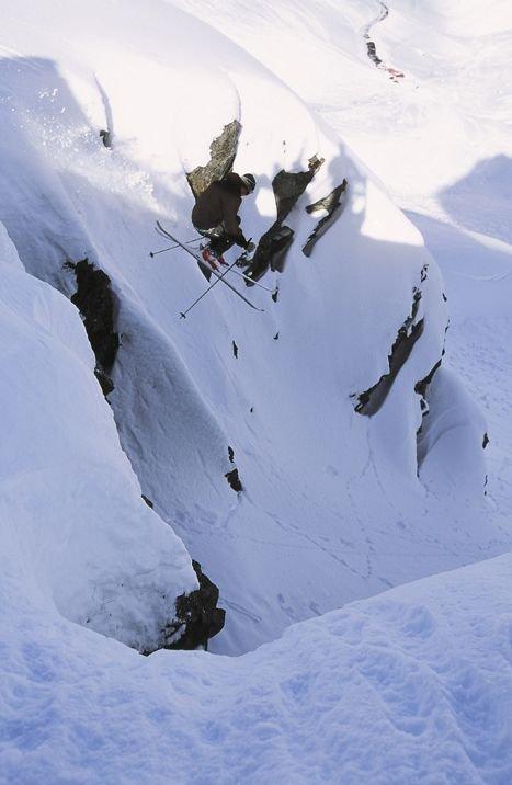 alex droping cliff