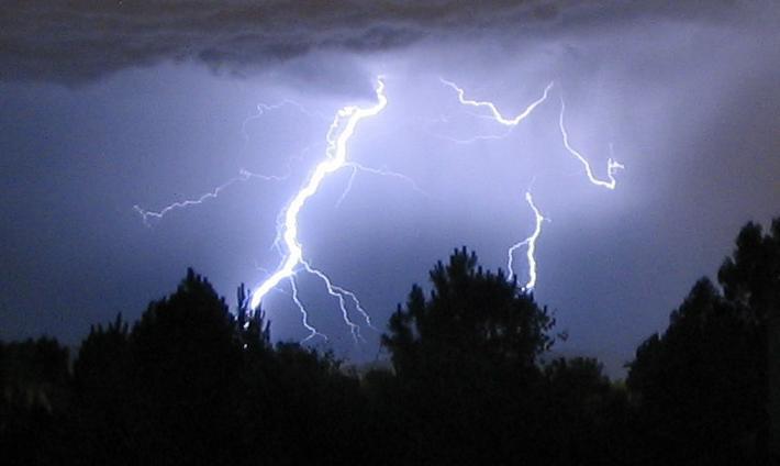 Crazy lightning numero tres