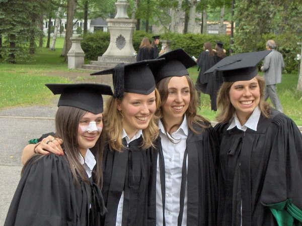 graduation witn broken nose