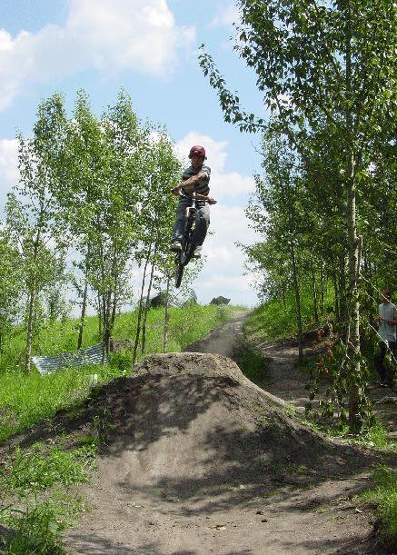 bike- Sweet x up on big dirt jump