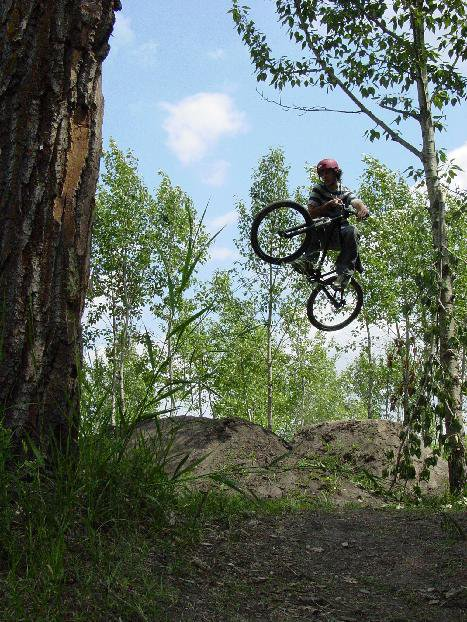bike- table on dirt jump