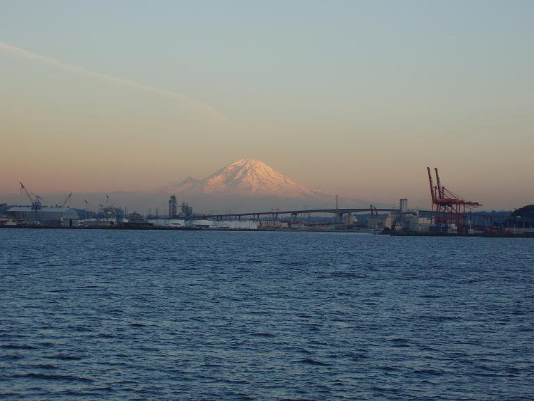 Mt Rainer from the ferri with crane