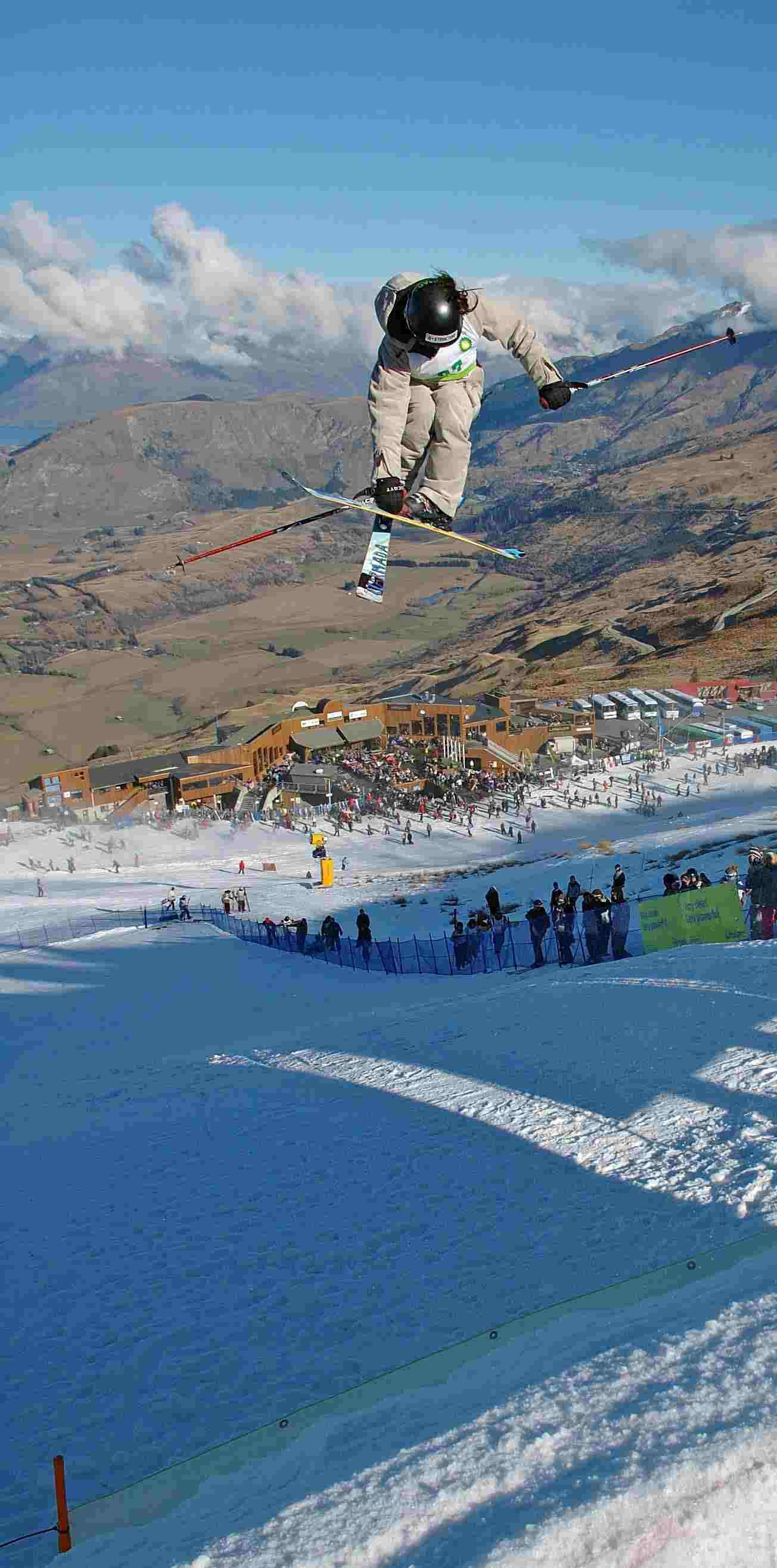 Coronet Peak Big Air Kim (picture cut alot)