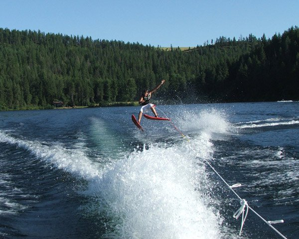 <b>The Newschool of Waterski</b>
