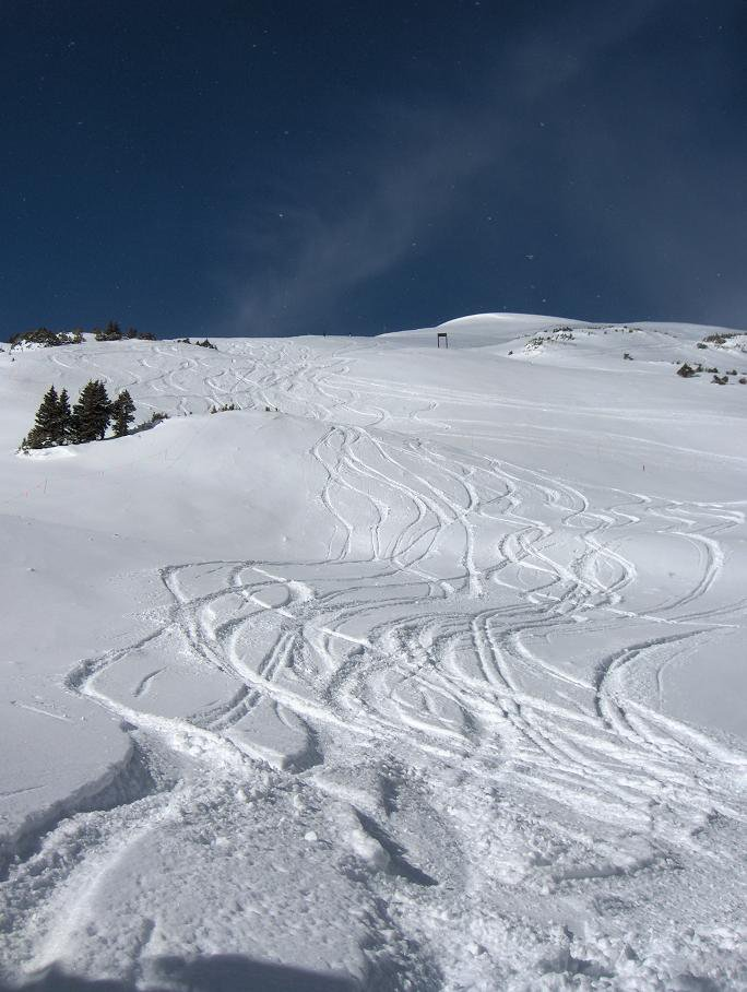 turns on copper bowl
