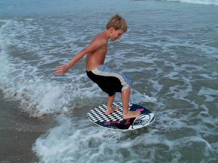 My little brother skimming.