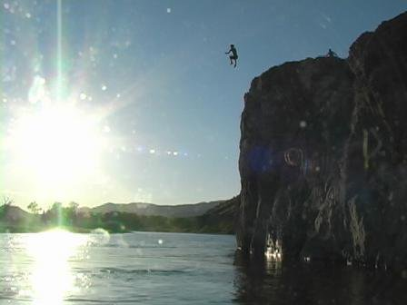 big cliff to water