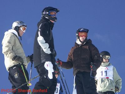 chillin at the top of the slopestyle course