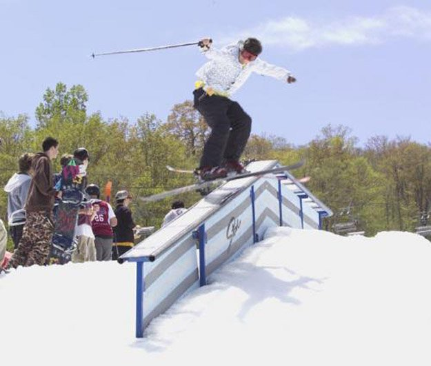 Memorial Day Rail Jam 2005, f-d box