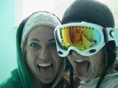 skiing girls!!
