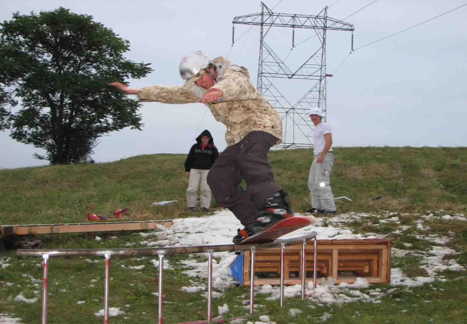 c rail snowboard...jam