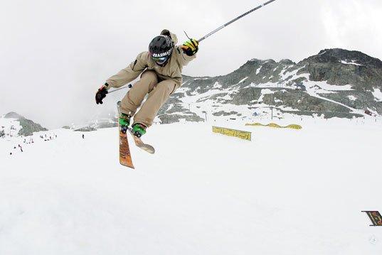 Hip jump 180