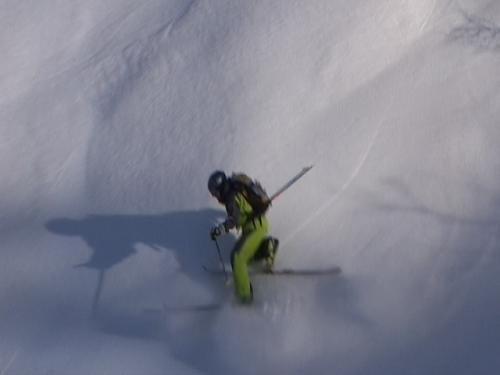 Bateling rhe steeps on rockhard snow