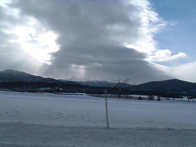 sun rays on mountains