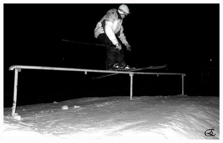 Rail @ night 2