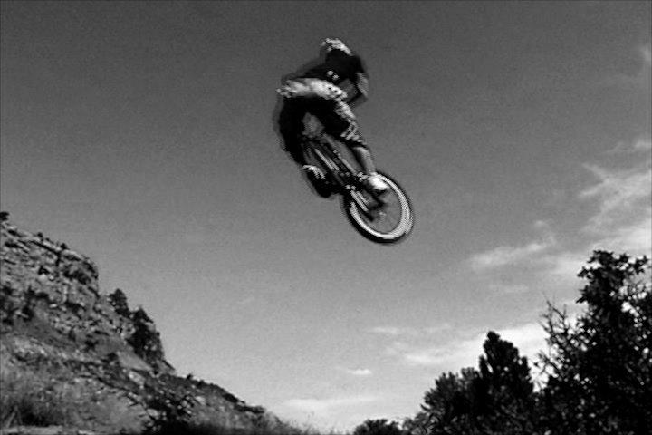 freeride biking dirt jump