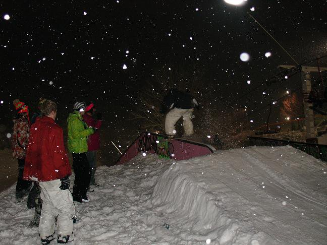 Rail jam + snow = fun