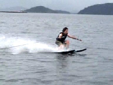 acuatic skiing