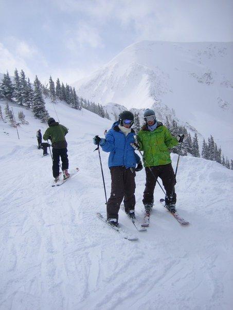 """WHA?! Anjelica went skiing"""