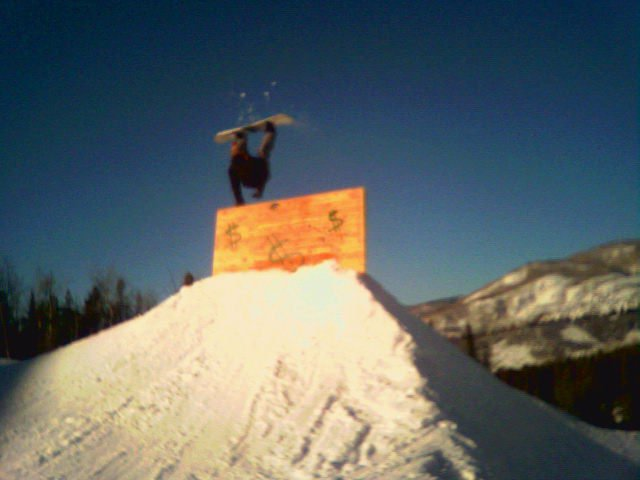 PROOF snowboarding is easy