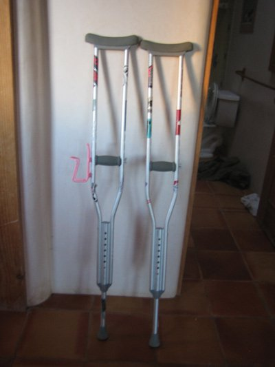 andres pimp crutches