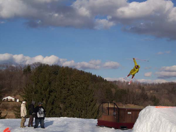 Snowtrails Big air..bigger