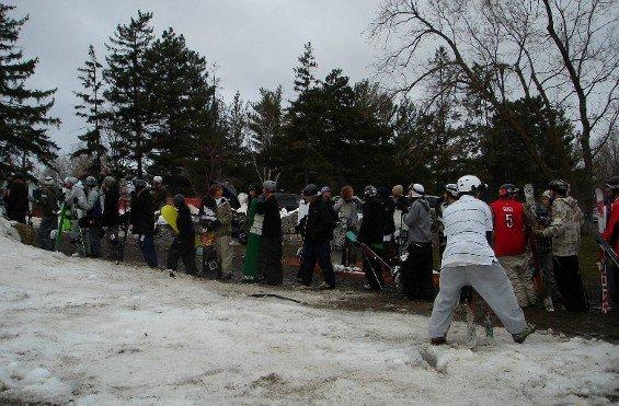 Jibtest- athletes line up
