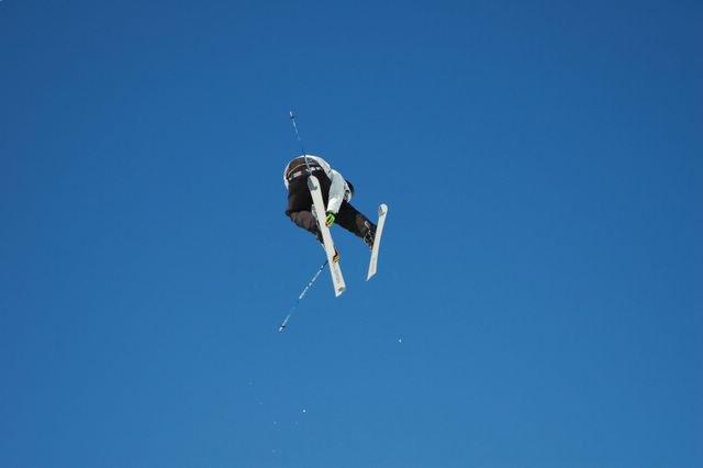 skierdoublegrab@D-JAM
