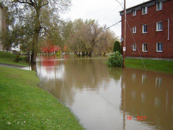 lennoxville flooded