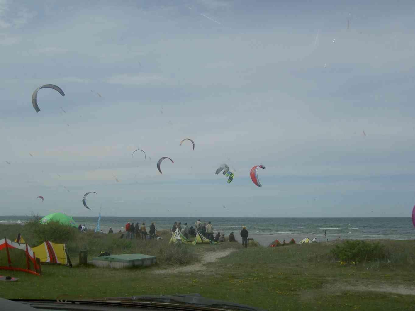 A day on the beach - Kitesurfing