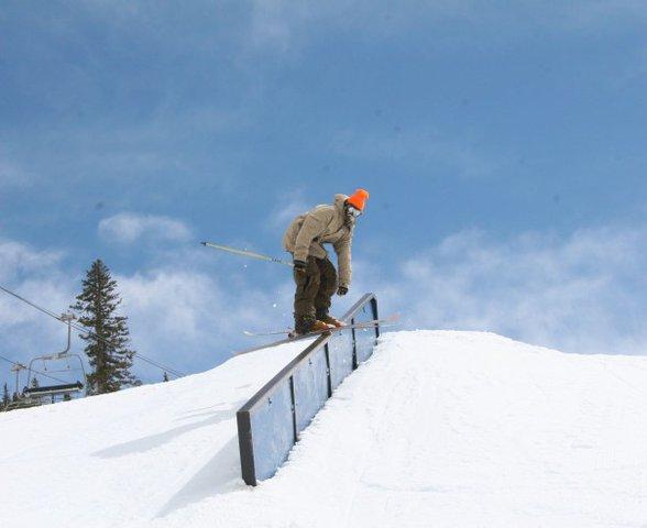 nice down rail