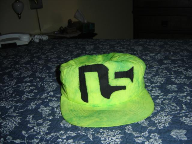 NS Hat
