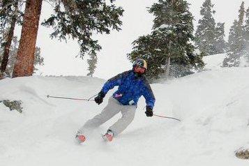 I am skiing