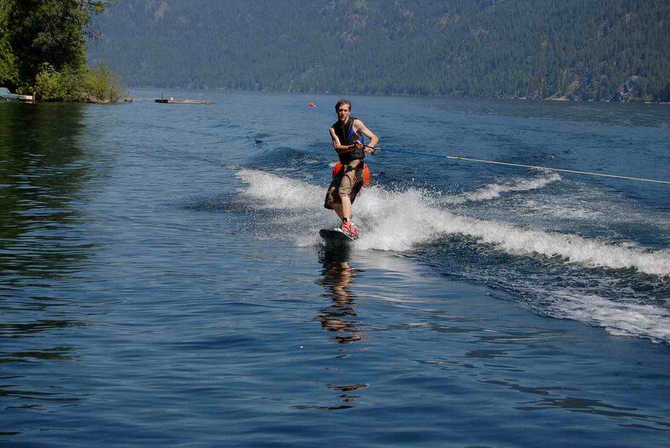 Dev wakeboarding