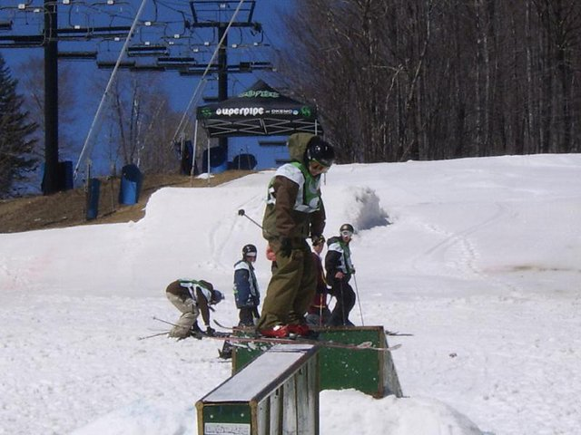 Nifty end of year rail jam