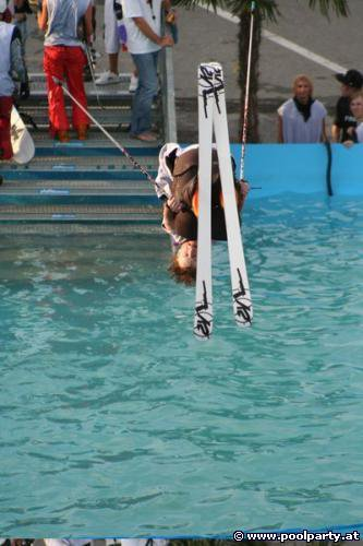 Frontflip @ poolparty