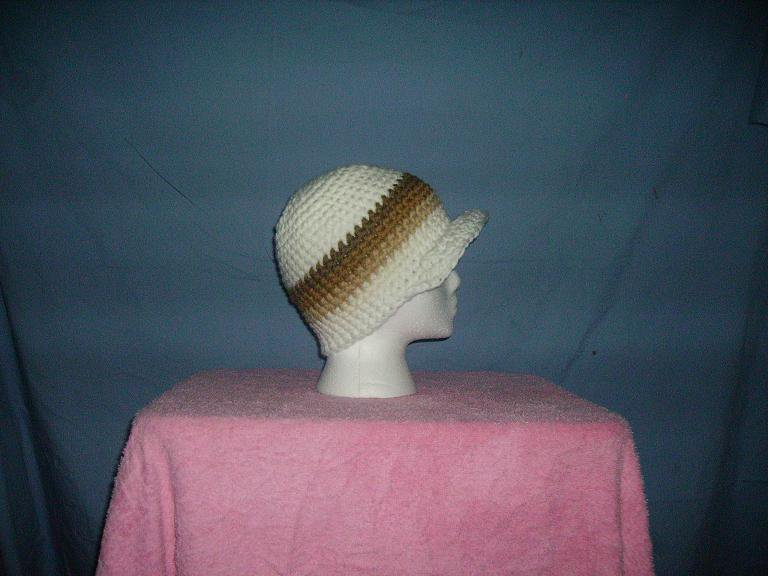White and brown brimmed beanie