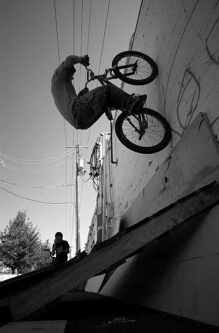 Wall to fakie