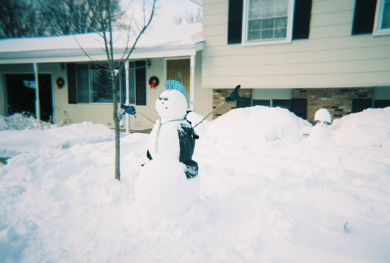 BA Snowman