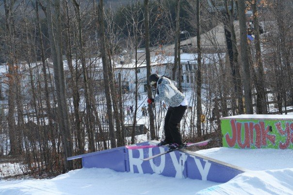 Up-down roxy rail