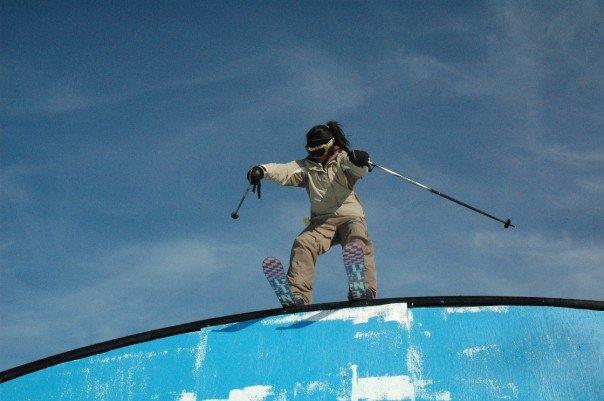 Nico skis