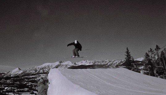 Big Sky Kicker -Black White- Styled 3