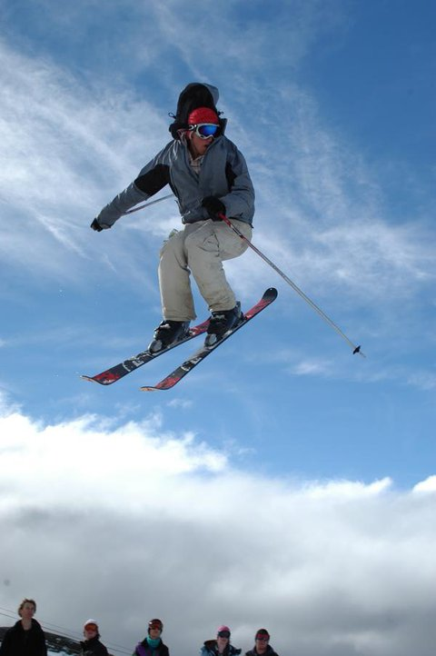 Chilln in air, mid 5 but no grab :(