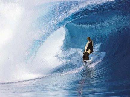 Travis Heed catchin' a tasty wave.