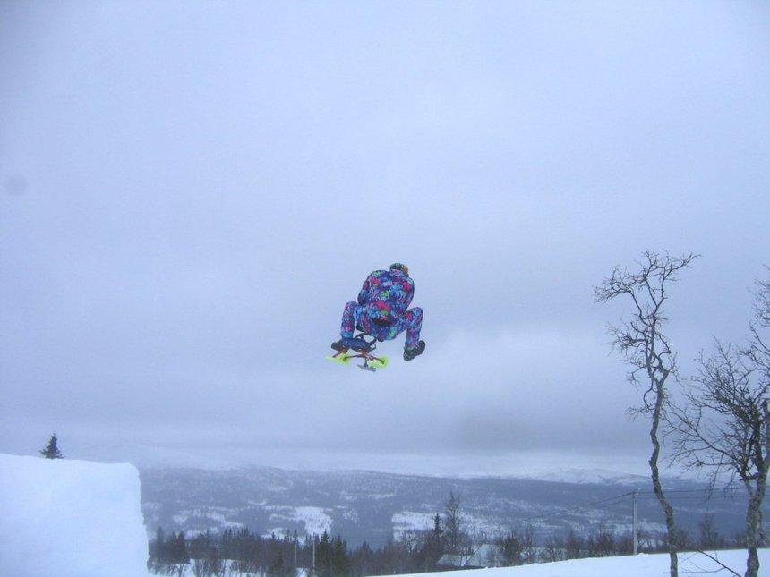 Snowracer huck