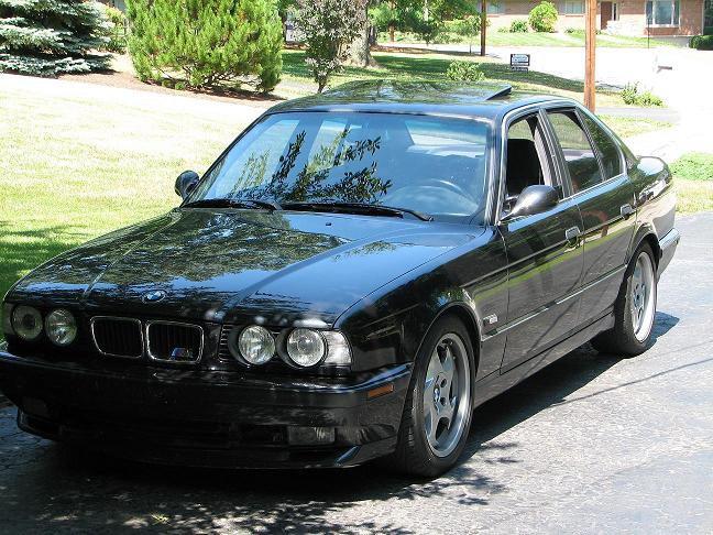 1995 BMW ///M   (340 HP)
