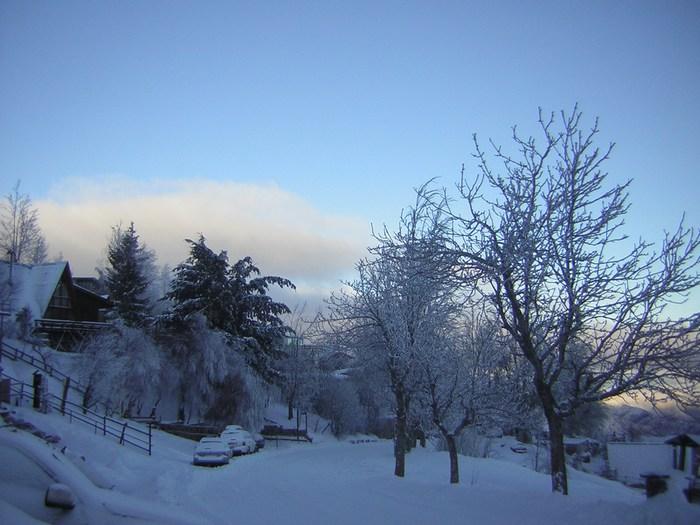 Snow snow chile powder