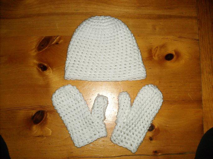 Hat with mittens