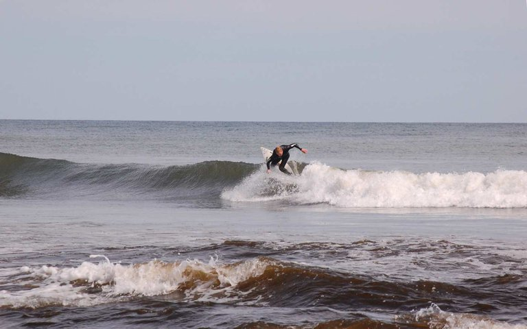 Surfing ar the CApe 2