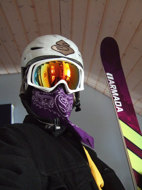 Ma skis and my goggles fo sho